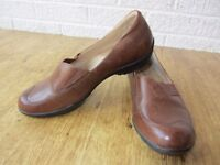 Clarks Brown leather women ladies shoes size uk 5 eur 38 CAN POST