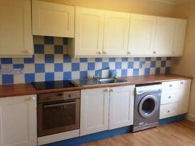 Montrose, DD10 8PZ. Modern 2 Bd first floor flat, Recently decorated, Elec Heat, Dble Glazed £425pcm