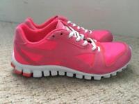 Reebok trainers Size 4