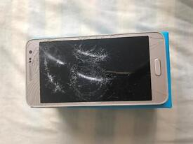 Samaung galaxy a3 smashed screen
