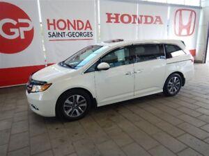 2015 Honda Odyssey TOURING DVD GARANTIE COMPLÈTE 160000 Km