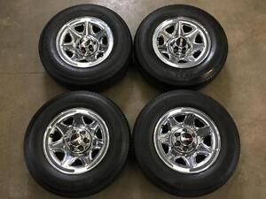 New 255/70R17 GMC chrome 6 bolt wheels