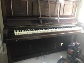 Elliott piano