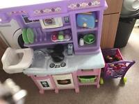 Step 2 children's kitchen