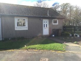 SEMI DETACHED BUNGALOW FOR RENT BRIDGE OF DON