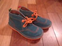 Kickers shoes size 29