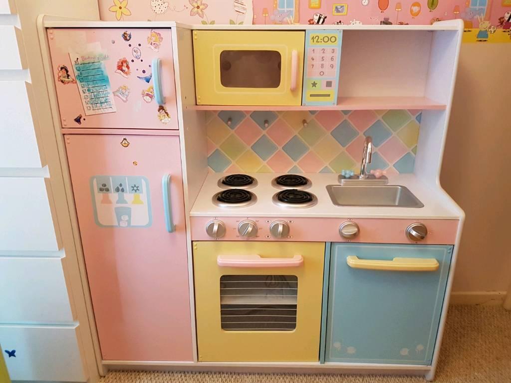 Kidkraft Deluxe Culinary Wooden Kitchen