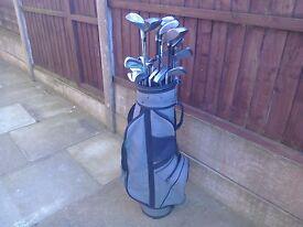 Golf clubs mixed with storage bag Car boot? Joblot