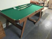 Pool table and accessories (ref F.925)