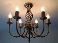 Centre light (6 bulbs), curtain pole and mirror