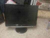 """for sale lg 22"""" lcd widescreen monitor £20"""