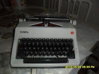 OLYMPIA MANUAL TYPEWRITER