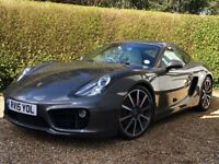 Immaculate Cayman S in great colour combination and with very high specification.
