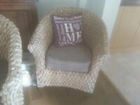 conservatory suite comprising of 2 seater sofa and one chair. very good condition.