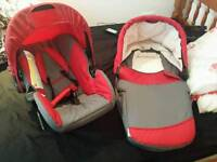 Baby car seat and carry cot immaculate condition * * Hauck company