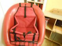 Car Travel Bag for Small Dog - - £5 - - -