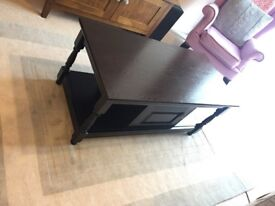 Vintage wooded coffee table with storage