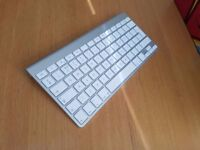 Genuine Original Apple Wireless Bluetooth Keyboard works with Iphone, Ipad and other Apple Products