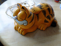 Garfield Vintage Collectible novelty corded phone TYCO 1990's era possibly