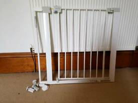 Safety 1st pressure fit easy close metal stair gate with extension