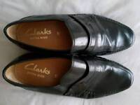 Mens Clarks black loafers new size10