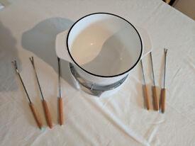 Fondue Set in Cast Iron