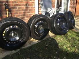 4 winter tyres on steel wheels. 215/55/R16. 97H. Steel 16 inch wheel ford compatible.