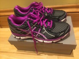 Asics GT 2000 2 Lite-Show - Women's trainers - Brand New and Boxed Size 7