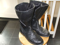 Spada Motor cycle Boots.. hardly worn
