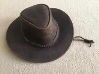 Real leather men/women's Aussie cowboy hat Medium NEW, never worn.