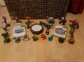 2 Skylanders GAMES plus figures xbox 360