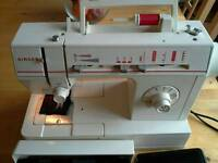 Singer Sewing Machine 4525