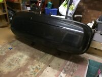 Halfords Large Thule Car Roof Box and Roof Bars in excellent condition.