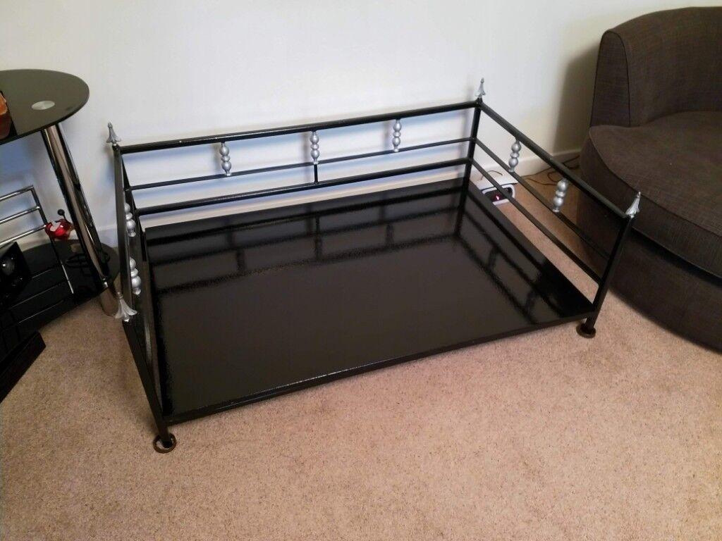 Metal dog bed frame