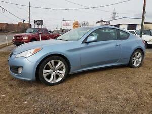 2010 Hyundai Genesis Coupe  6 Speed  Sharp Looker