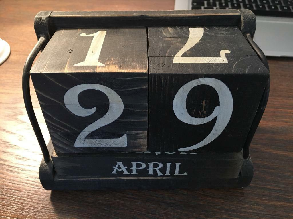 Vintage Wooden Desk Calendar In Highbury London Gumtree