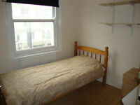 Perfect 3 bedroom furnished flat for students including utilities situated in Russell Square WC1N