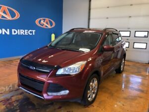 2015 Ford Escape SE AWD/ NAVI/ PANO ROOF/ LEATHER!