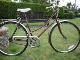 Classic Single Speed Town Bike in Excellent Condition