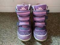 Girls trespass winter snow boots size 8