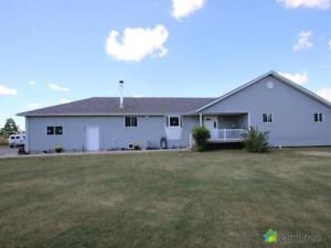$589,000 - Acreage / Hobby Farm / Ranch for sale in Maidstone