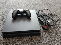 PS4 500GB SLIM WITH 1 PAD AND LEADS