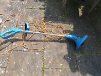STRIMMER.LONG LEAD.GOOD WORKING ORDER.ONLY £12