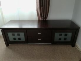Large TV unit with built-in lights!