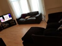 Spacious 5 bedroom house, close to stratford city and Excel