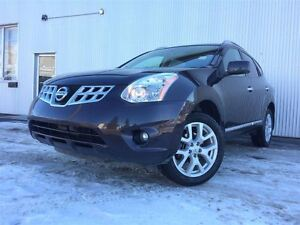 2012 Nissan Rogue SL, AWD, SUNROOF, LEATHER, HEATED SEATS.