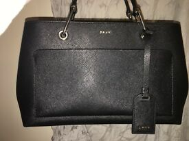 DKNY BAG FOR SALE