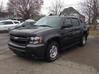 2011 Chevrolet Avalanche LS 58,000KM NEW TIRES