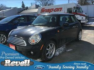 2008 MINI Cooper Base *Power Moonroof, Heated Leather, Alloys