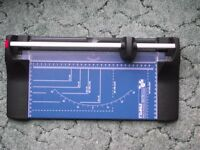Dahle Paper Trimmer / Guillotine A4